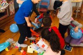 Ormanlı ve Çayırlı Ana okullarındaki minikler oyuncaklarına kavuştu