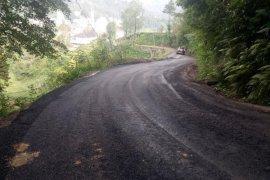 Yolbaşı köyünde asfaltlama çalışmaları