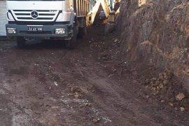 Özel il idare ekipleri Yolbaşı Köyü çalışmaları
