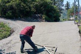 Yol bakım onarım çalışmaları devam ediyor