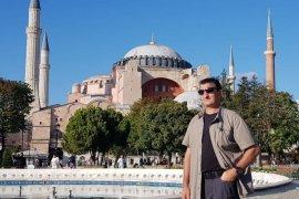 Ayasofya Türk Milletinin bağımsızlık sembolüdür
