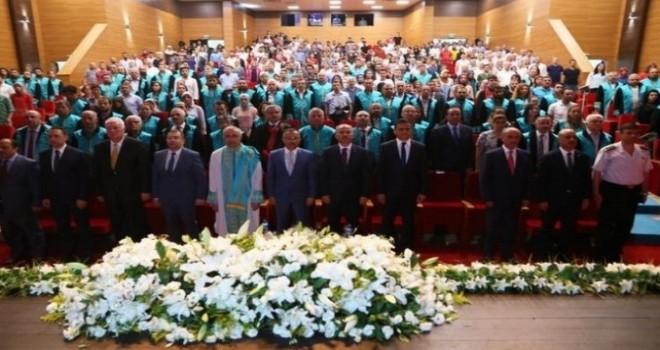 RTEÜ'de Mezuniyet Coşkusu