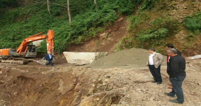Kalkandere Köylerinde Çalışmaları İncelediler