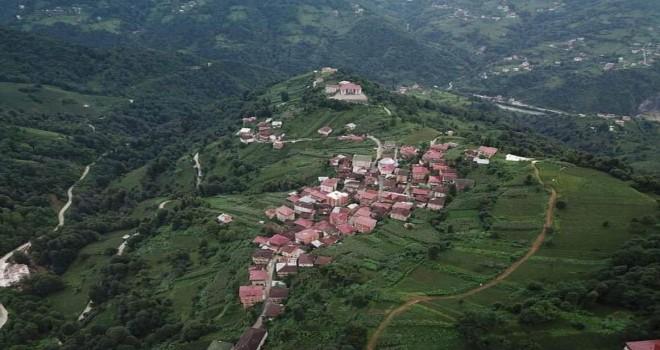 Rize'nin En Büyük Köyü Karantinaya Alındı
