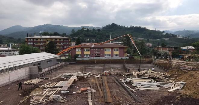 Kapalı spor salonu inşaatı devam ediyor