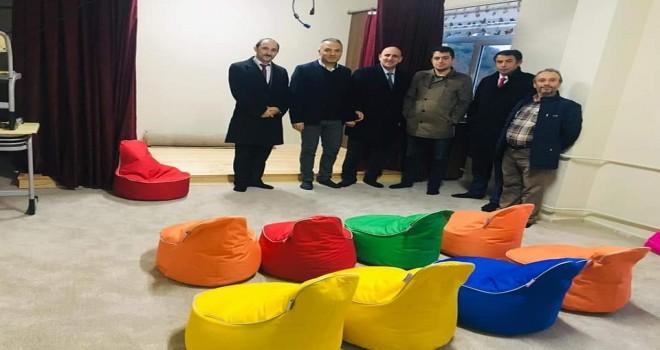 Yılmaz'dan Çayırlı okuluna ziyaret