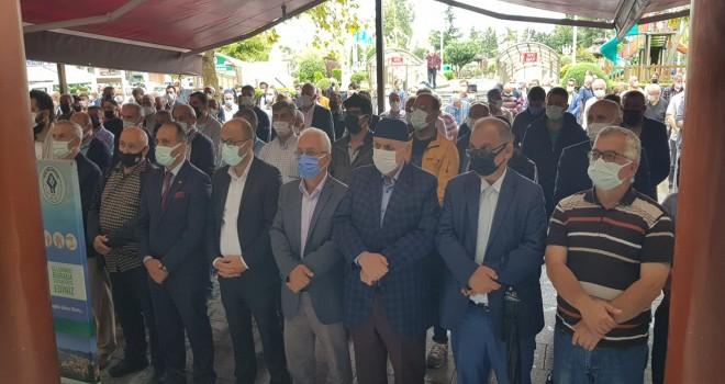 TANINMIŞ RİZELİ GAZETECİ TUZCU DUALARLA DEFNEDİLDİ