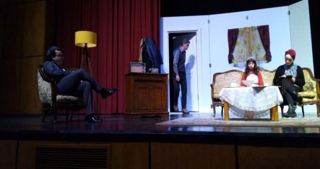Kalkandere Lisesi Öğrencilerinden Tiyatro Gösterisi