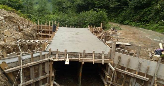 Kalkandere Esendere Köyü Menfez Çalışmaları