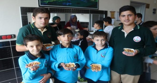 Kalkandere Anadolu İmam Hatip Lisesi Geleneksel 6. Aşure Dağıtım Etkinliği