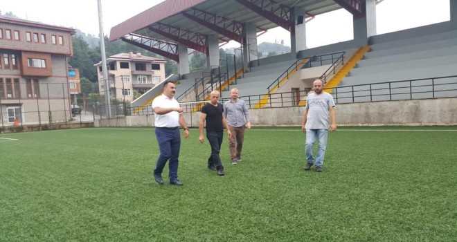 İl Spor MüdürüFutbol Sahamızda incelemelerde bulundu