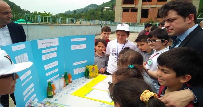 Kalkandere Çayırlı Köyü Okulu Tübitak Fuarı