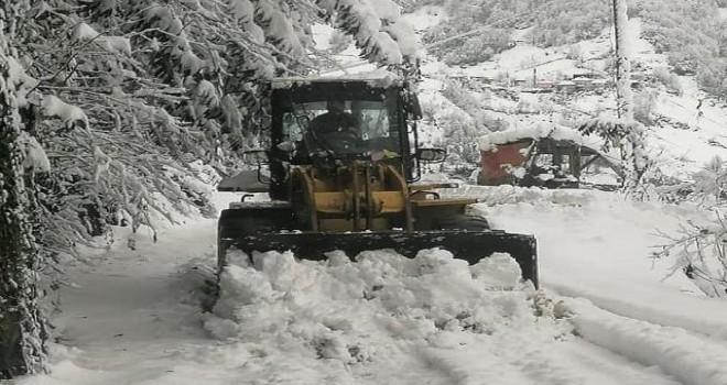 Rize'nin Yüksek Kesimlerinde Kar Kalınlığı 50 cm'ye Yükseldi