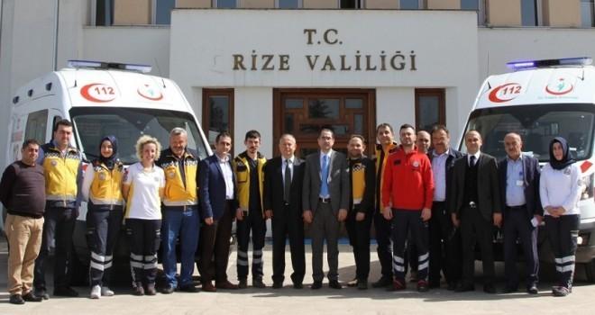 Rize'de Tam Donanımlı İki Yeni Ambulans Hizmete Başladı