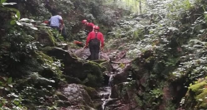 Rize'de Arazi Çalışmasında Ayağı Kayan Kişi Metrelerce Yuvarlandı