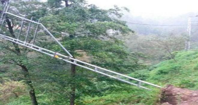 11 köy ve 22 trafo bölgesine tekrar enerji sağlandı.