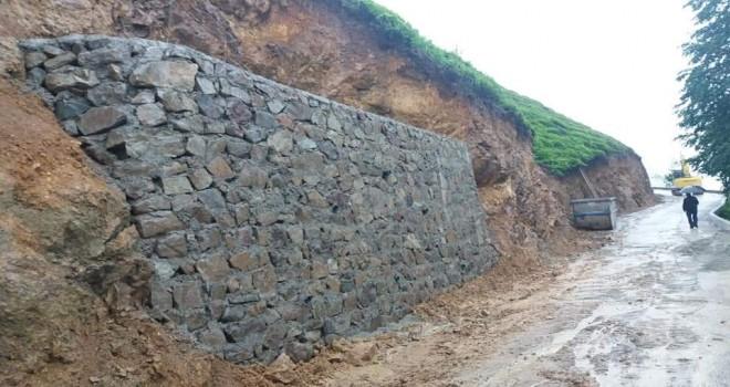 Çayırlı köyü Aksu yerleşkesinde ki üst duvar tamamlandı