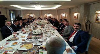 Hasan Karal  Ankara'da Rize Teşkilati Onuruna Sabah kahvaltısı Verdi.