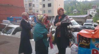 Ak Parti Kadın Kolların'dan Anneler Günü