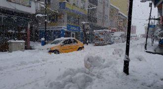 Kalkandere Kar Yağışı Sürüyor