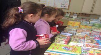 Kalkandere Öğrenciler Kitaplarla Buluştu