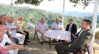 Kalkandere^de Şehit Ailelerini Ziyaret