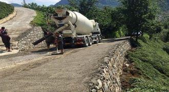 Kalkandere'de Yol Genişleme Duvar Çalışması