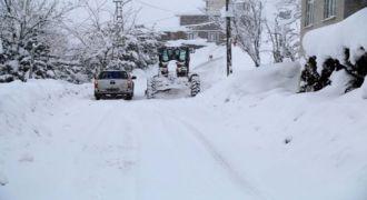 Rize Belediyesi Kar'la Mücadelesi Sürüyor