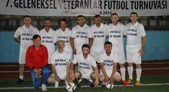 Rize Veteranlar Futbol Turnuvasında