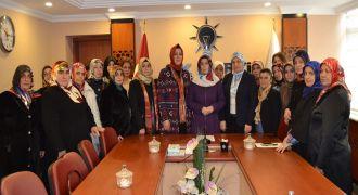 Rizeli AK Kadınlar Hocalı Katliamını Kınadı