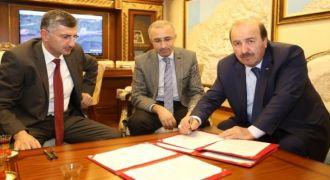 Rize'ye Yeni Bir Okul İçin Protokol İmzalandı