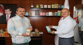 Sütlüoğlu'nun Eski Çay Paketleri Kolleksiyonu