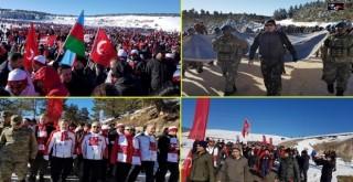 Rizeli Gençler, Bakan Aşkın Bak'la Birlikte Sarıkamış'ta Ecdadına Koştu