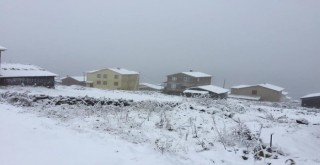 Ovit'te Kar Yağışı