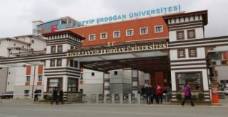 RTE ÜNİVERSİTESİ TÜRKİYE'NİN İLK 50 BAŞARILI ÜNİVERSİTESİ ARASINDA