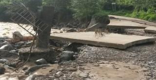 Kalkandere''de Etkili Olan Yağışlar Büyük Hasar Verdi