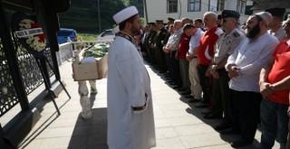 Rize'de Şehit Babası Dualarla Son Yolculuğuna Uğurlandı
